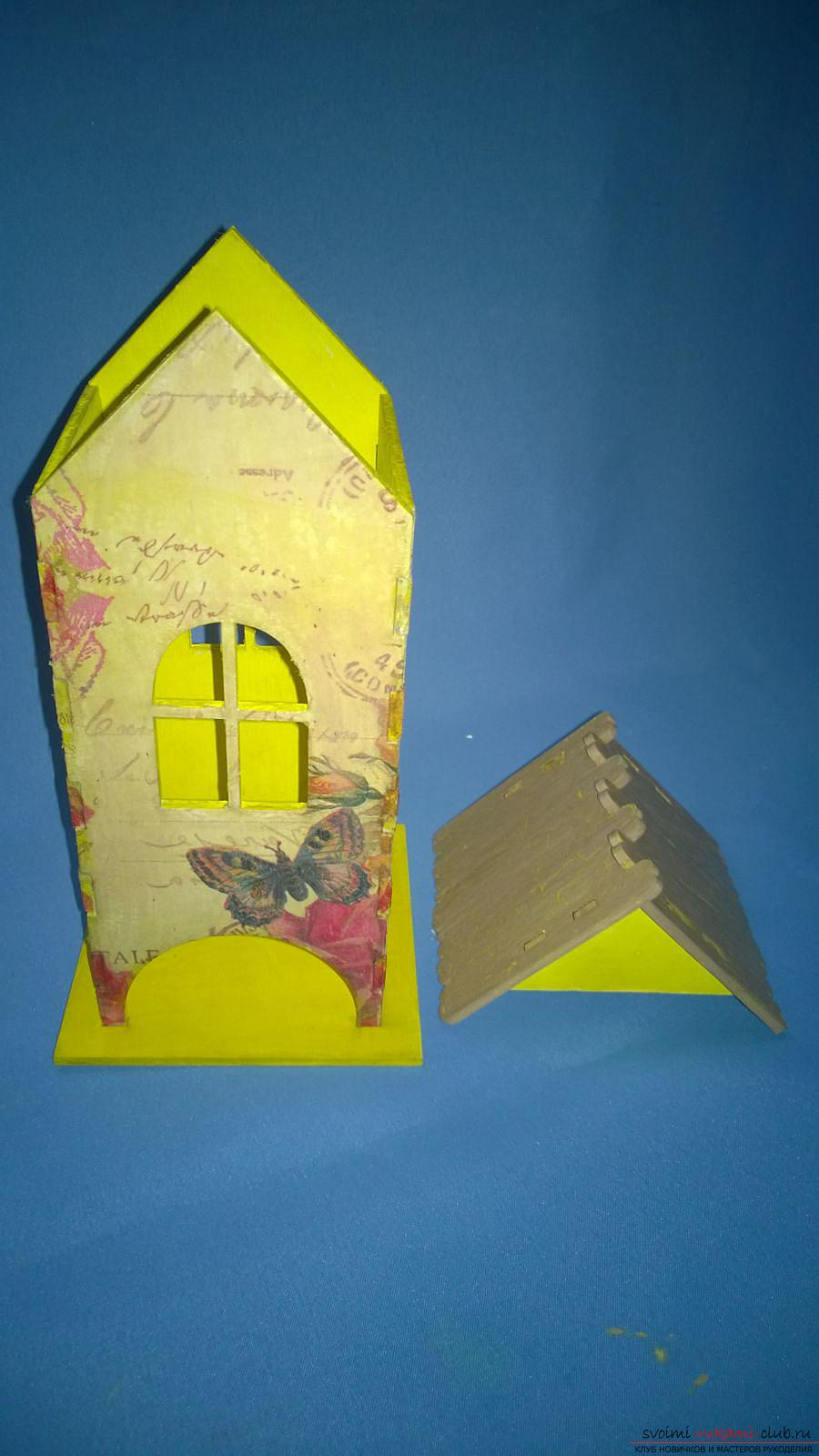 The master class will teach how to decorate the original tea house, using decoupage. Photo number 15