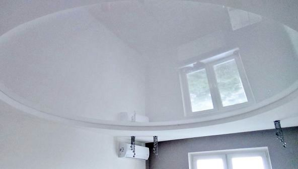 installation of stretch ceiling