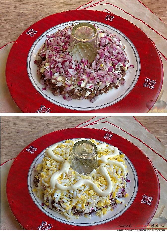 How to cook delicious salads for the New Year's celebration, recipes, step-by-step photos and a description of creating tasty and beautiful salads with seafood, pomegranate seeds and soy sauce. Photo Number 9