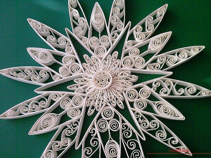 The variant of the scheme of the three-dimensional snowflake template for the new year is a master class. Photo # 2