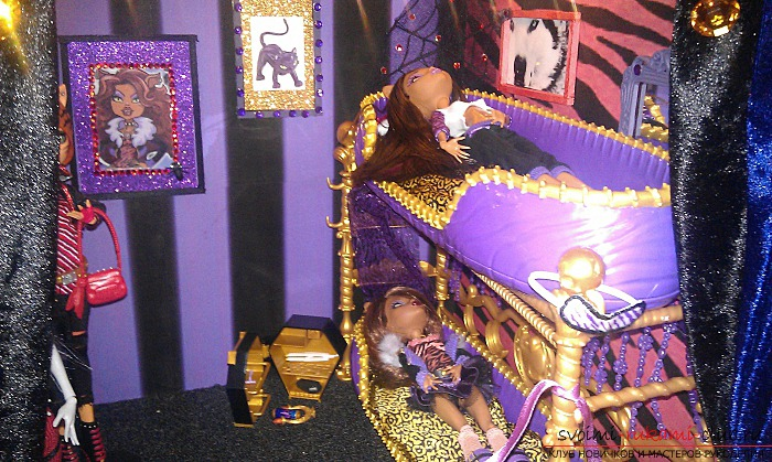 house for the Monster High with their own hands. Photo # 2
