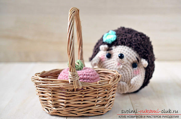 We learn to crochet the hedgehog with the amigurumi with our hands with detailed instructions and photos .. Photo №8