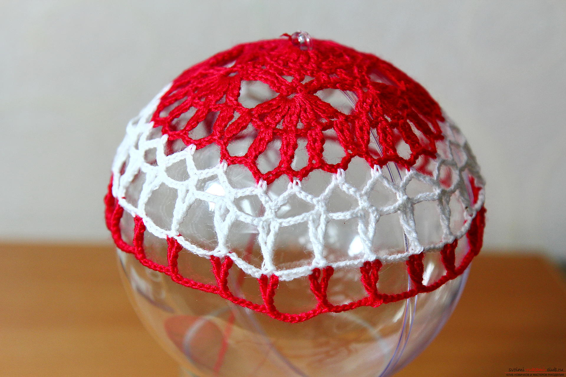 The master class will teach how to crochet a New Year's craft - a knitted Christmas tree toy. Photo Number 11