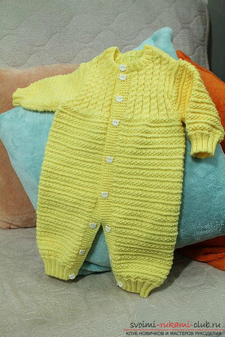 Knitting needles for newborns, tips andtricks for knitting clothes for young children, a cap for newborns with their own hands, how to tie booties for newborns, knitting lessons with descriptions, recommendations and master classes .. Photo # 3