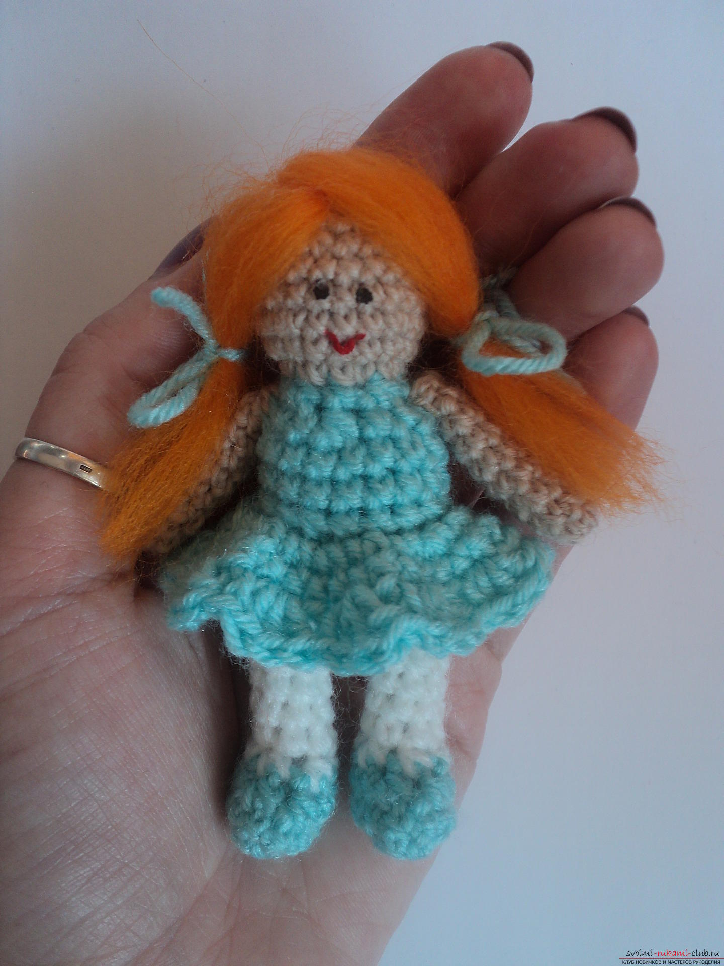 This detailed master class of crocheting toys will teach you how to tie a doll with your own hands .. Photo # 1