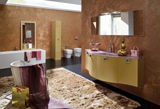 Beige Bathroom Design