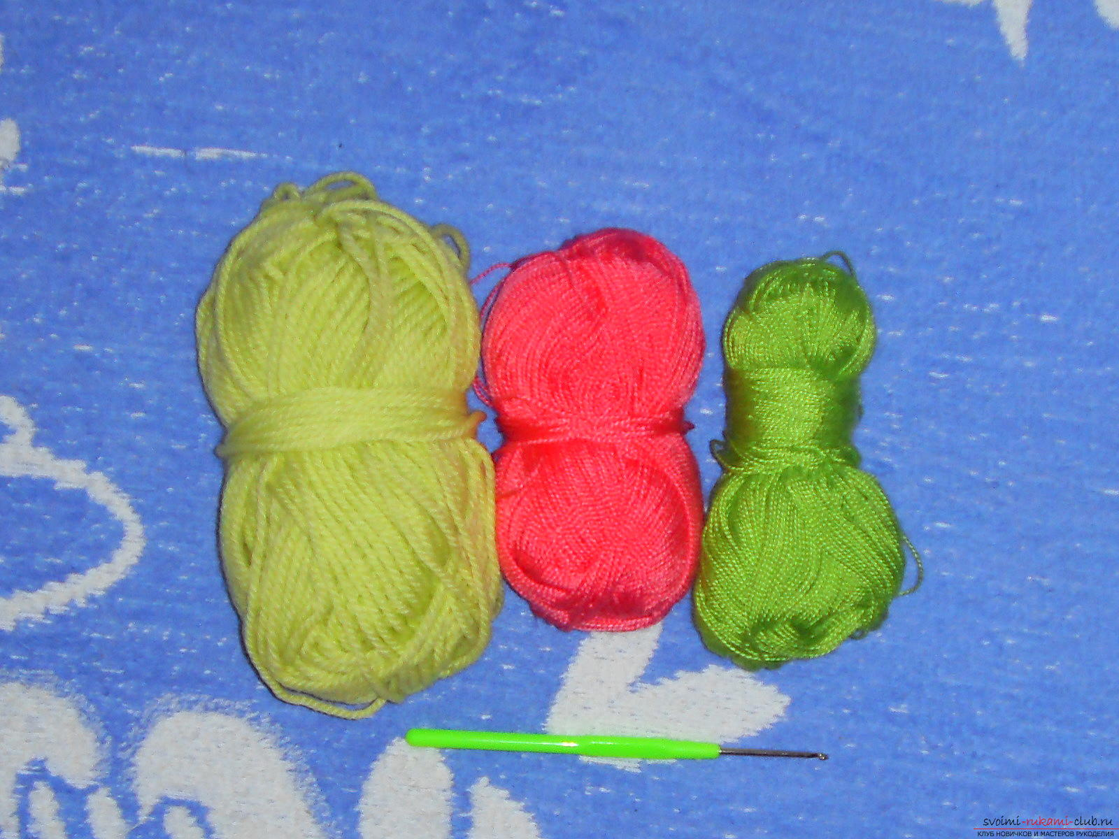 A master class with a diagram, a photo and a description will teach knitting crochet for a girl. Photo №1