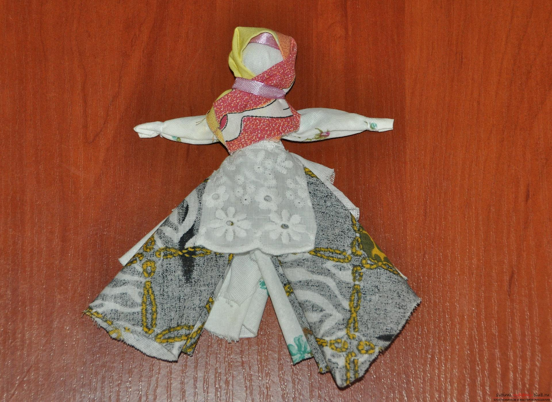 This master class will teach you how to make your own doll-bereginya - a pillar. Photo # 24