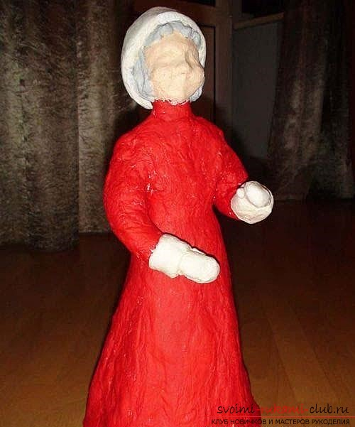 photoinstruction on the creation of Santa Claus from papier-mache with his own hands. Photo Number 9