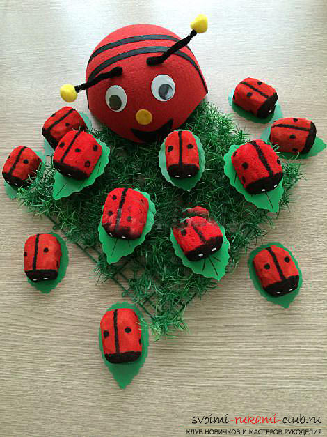 How to make a gift by March 8 with your own hands - a ladybug from a foam sponge. Photo # 2