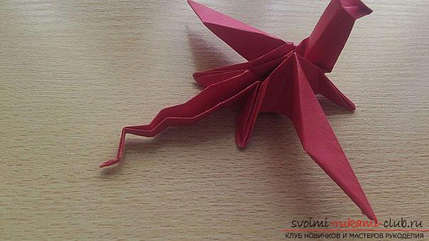 This detailed master class contains an origami-dragon scheme made of paper, which you can make by yourself. Photo # 41