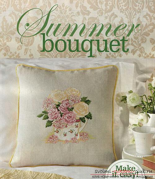Embroidery of scarlet roses on cushions according to schemes. Photo №7