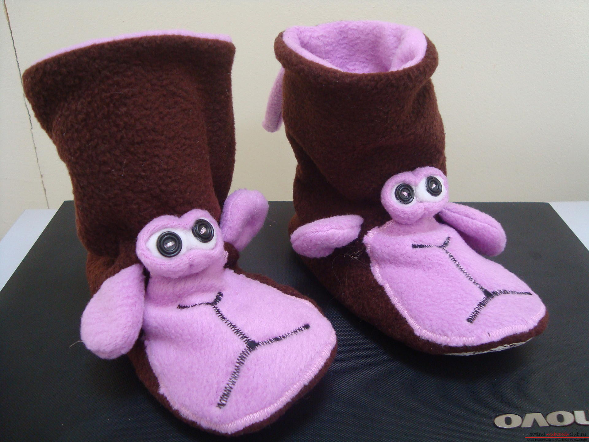 This master class will teach how to sew hand-made house slippers with the symbol of the year - the monkey .. Photo №1