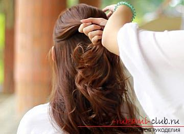 Casual hairstyle for medium hair with your own hands, tips for creating an original tail for every day .. Photo # 2