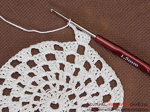 A beautiful cap for a girl crocheted by her own hands. Photo Number 9