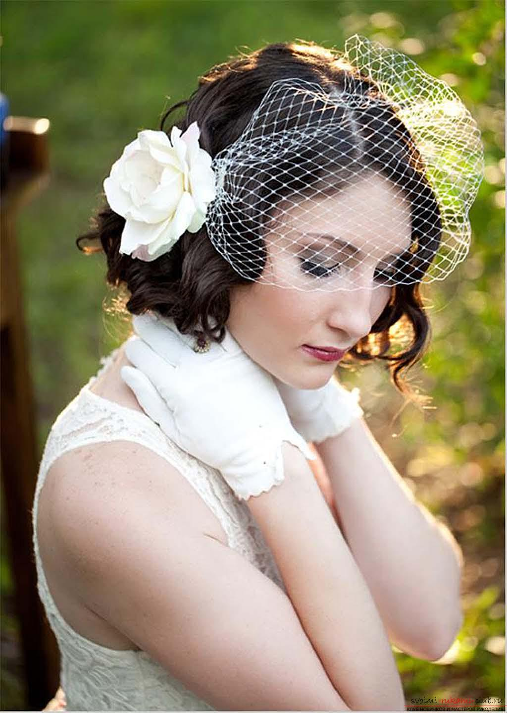 Photo gallery of wedding hairstyles for hair of different length. Photo №6