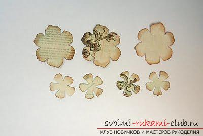 Flowers of gardenia in scrapbooking. Photo №1