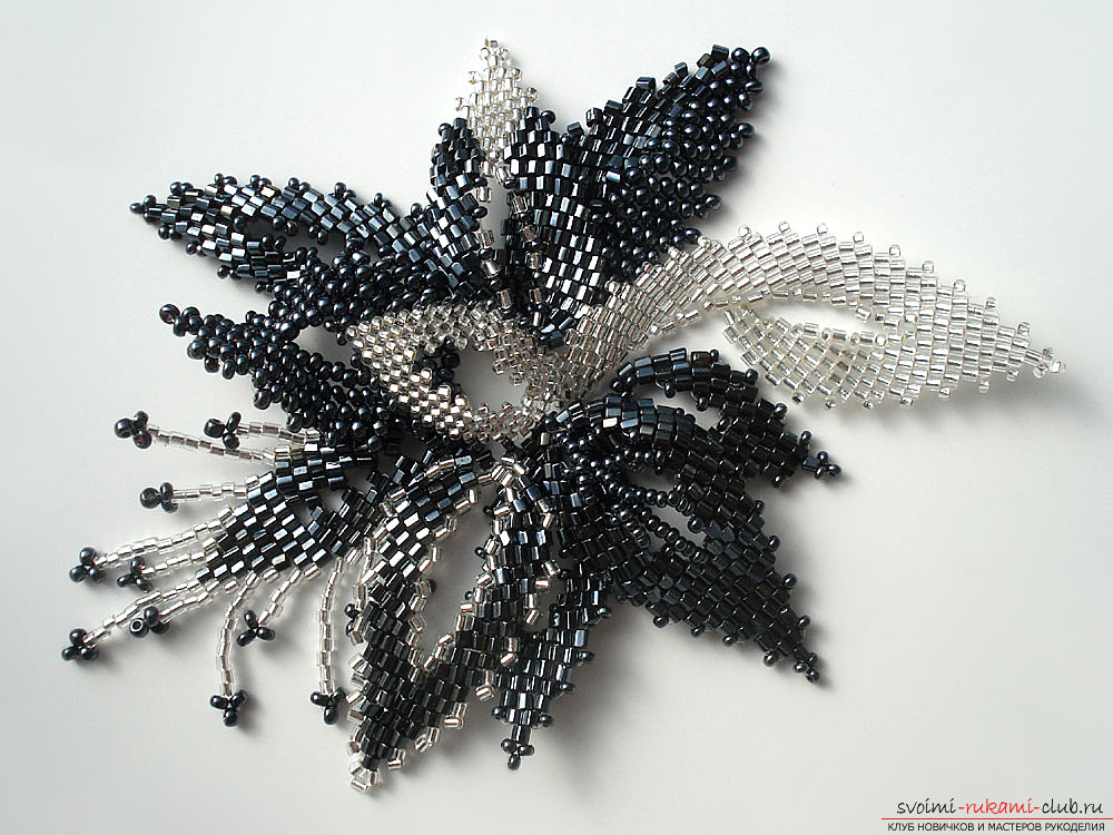 Lessons of weaving a simple flower from beads. Materials and photos for weaving a flower .. Photo №1