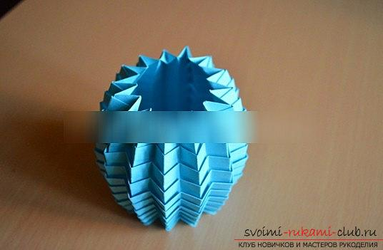 Lesson origami New Year paper toys and a master class of New Year's needlework. Photo №7