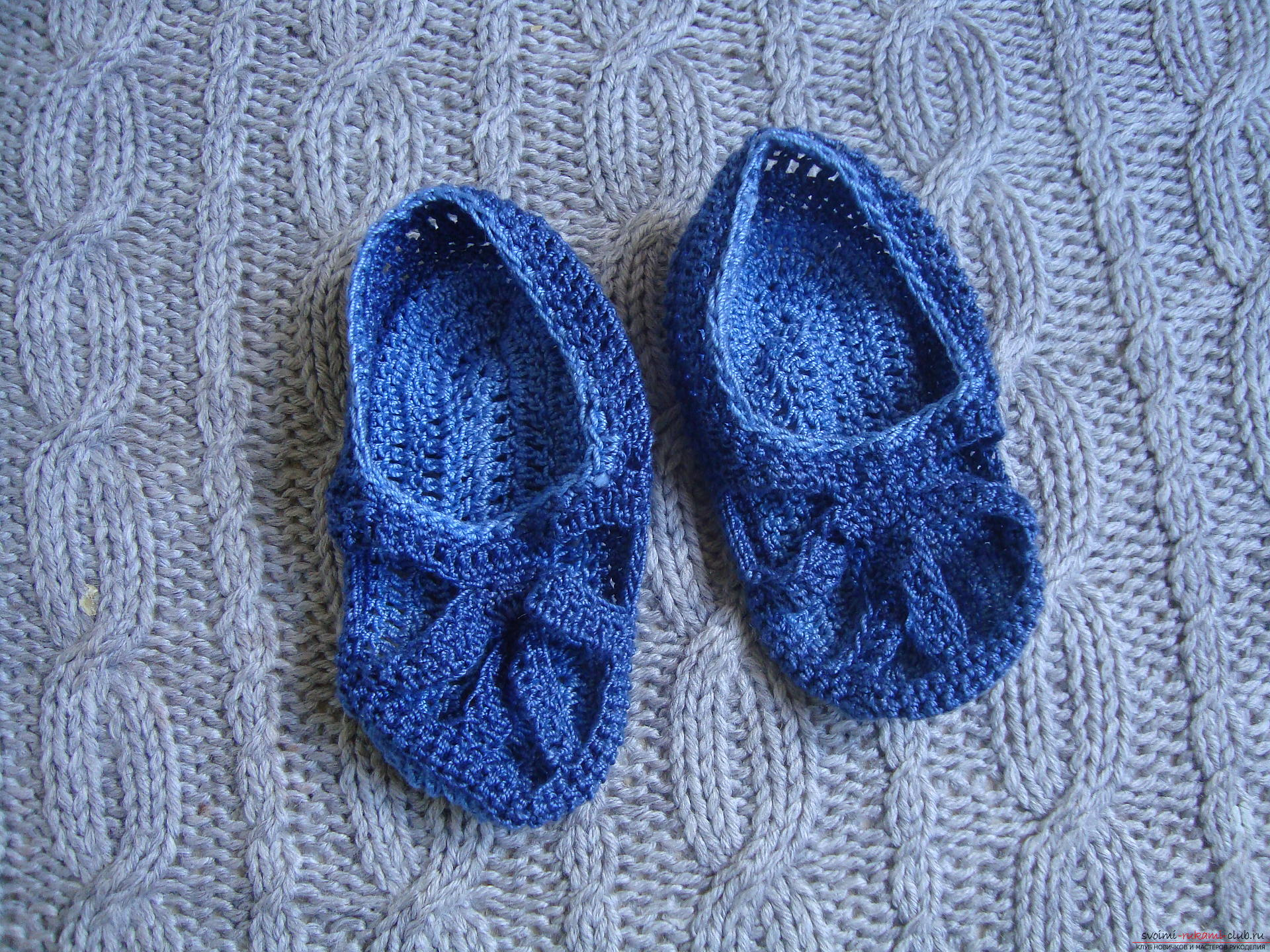 Photo to a lesson on crocheting children's sandals. Photo №1