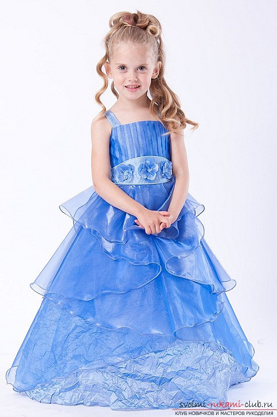 Try to make a beautiful princess dress with your own hands: photos and a master class for tailoring !. Photo # 2