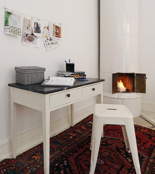 compact-home-offices-in-small-apartments-26