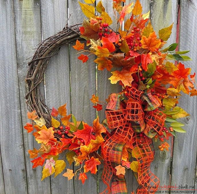 Crafts from maple leaves with their own hands: several lessons. Photo number 16