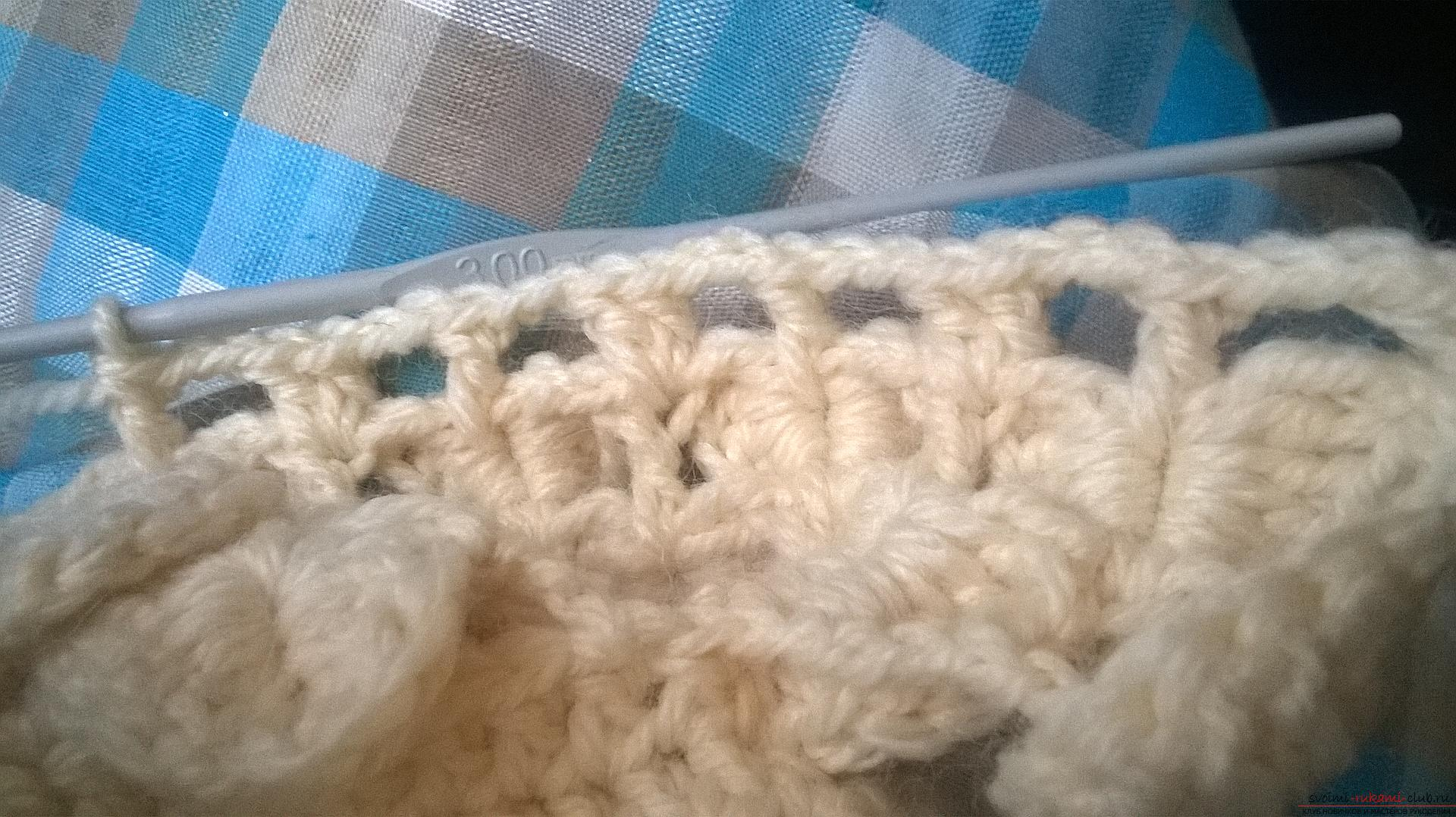 This master class with a description, a diagram and a video will teach how to knit booties crocheted .. Photo # 24