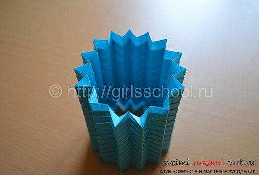 Lesson origami New Year paper toys and a master class of New Year's needlework. Photo №6