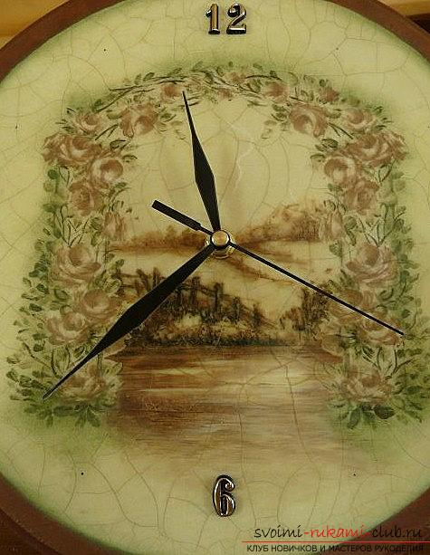 A beautiful decoupage of hours, a master class and lessons for the watch with a composition. Photo # 2