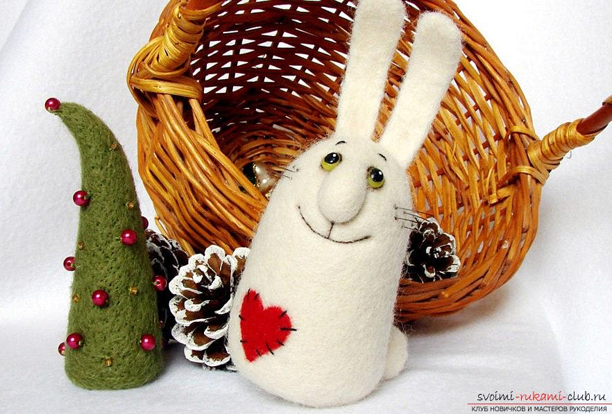 Felting a creative gift in the form of a bunny with his own hands is a master class. Photo №1