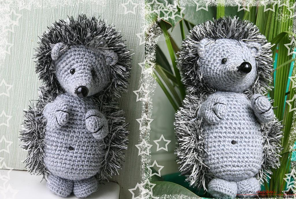 We learn to knit crocheted hedgehog with the hands with detailed instructions and photos .. Photo №15
