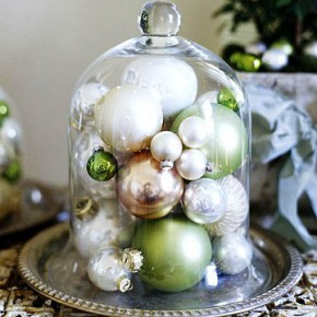 Christmas balls in the interior