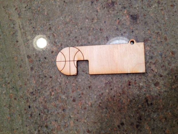 Дървена поставка за вашия смартфон сами