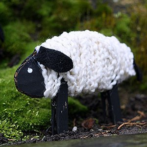 Children's crafts for the new year. Sheep - a symbol of 2015 with her own hands.