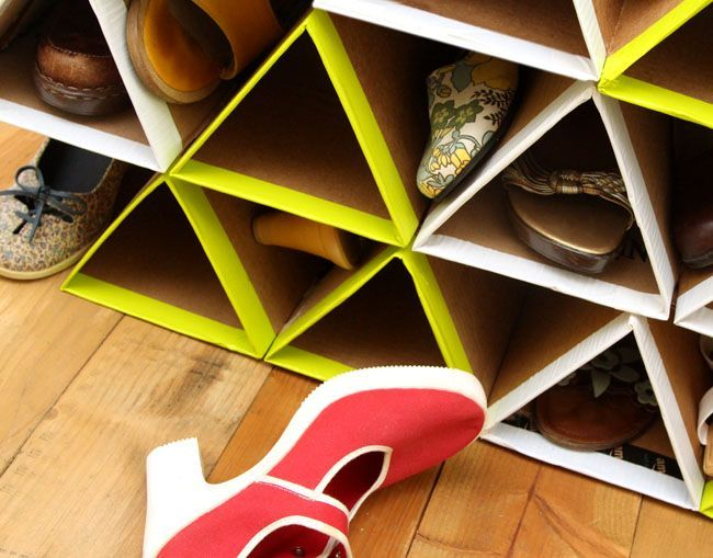 shoe shelves with your own hands made of cardboard