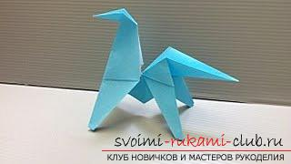A figurine of a horse made in origami technique. Picture №3