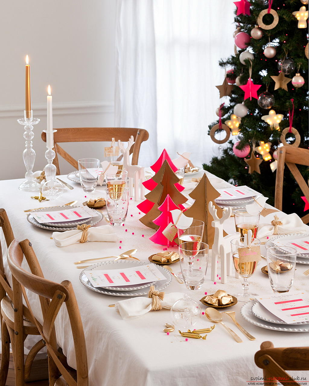 Serving of the New Year's table, tips and recommendations for making central compositions for the New Year's table, decorating chairs, instructions and photo examples .. Photo №1