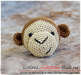 Master class on crocheting monkey amigurumi Abu with his hands with a detailed description. Picture №10
