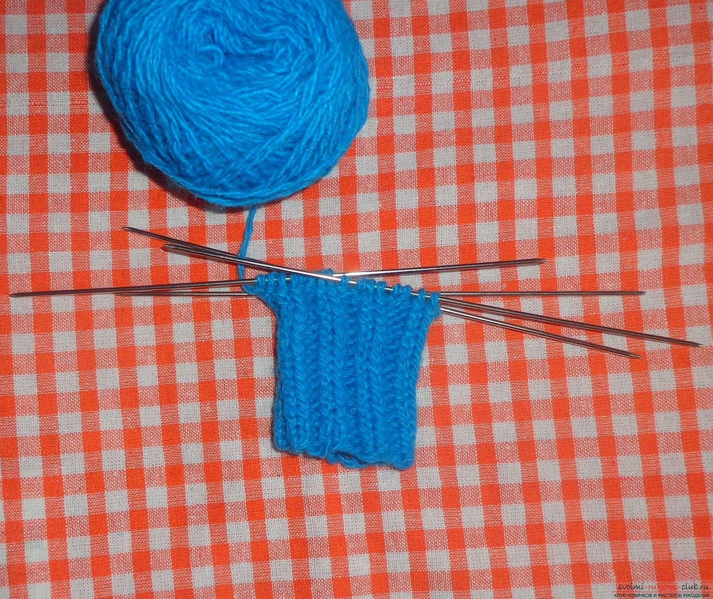 Photo to the knitting lessons on mittens