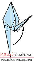 Detailed instructions with schemes for performing the classic crane origami. Photo Number 11