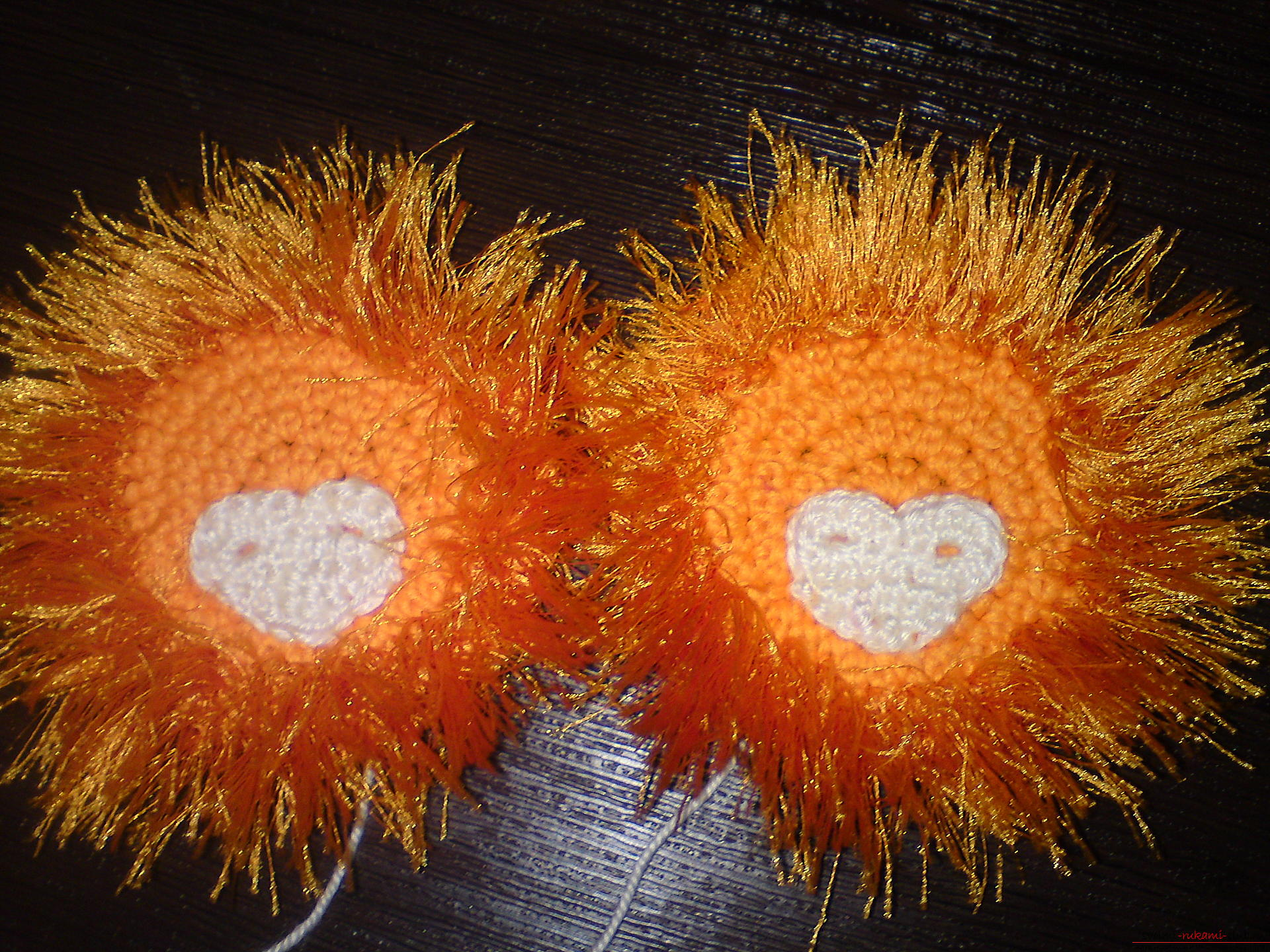 This master class will teach crochet of children's boots in the form of a lion .. Photo №6