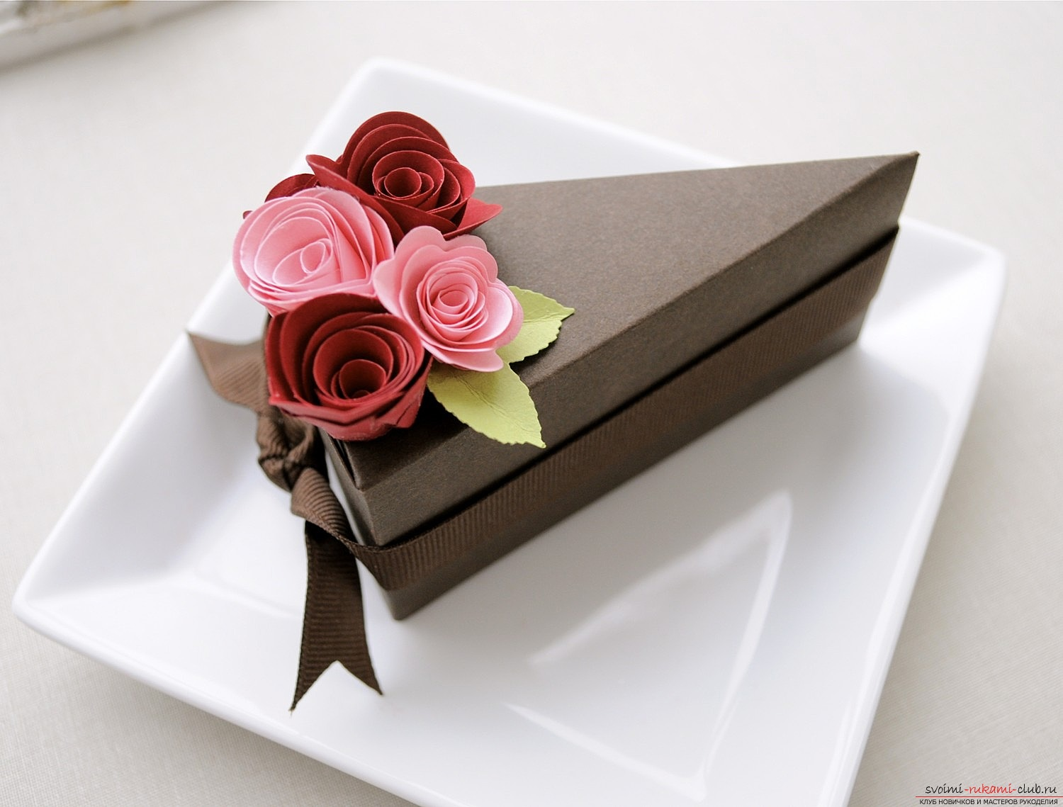 How to make a paper cake with your own hands ?. Picture №3