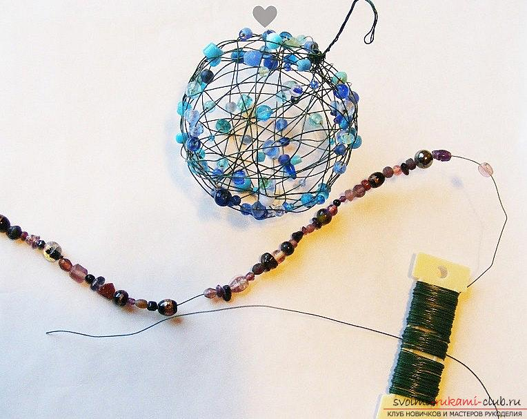 Decoration from beads for the Christmas holiday - a toy for the Christmas tree and a master class. Photo # 2