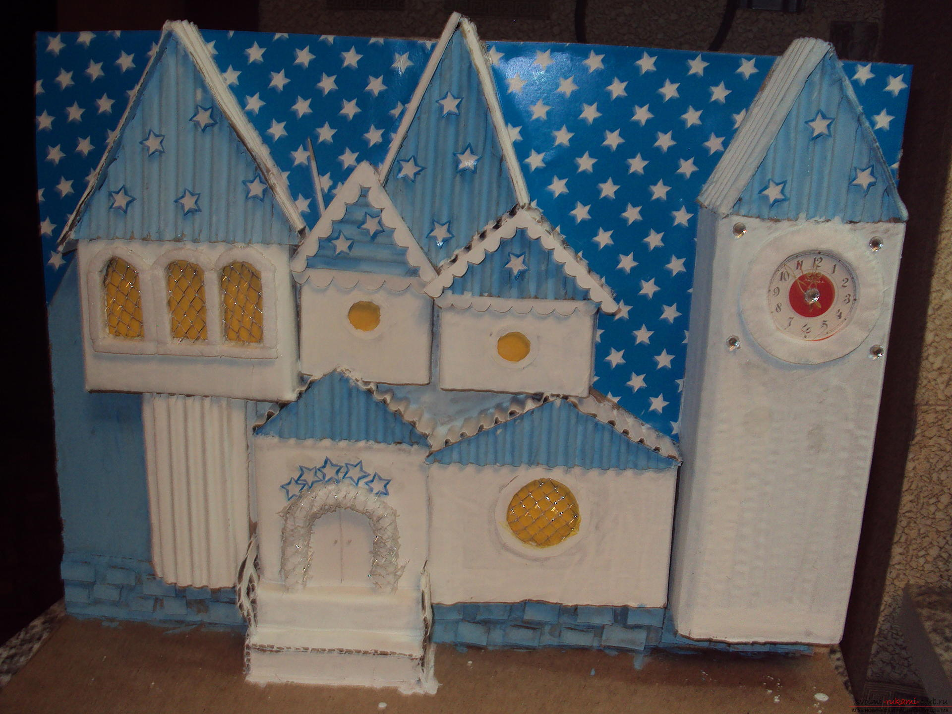 This workshop will teach how to make their own hands crafts - tower of Santa Claus. Photo №5