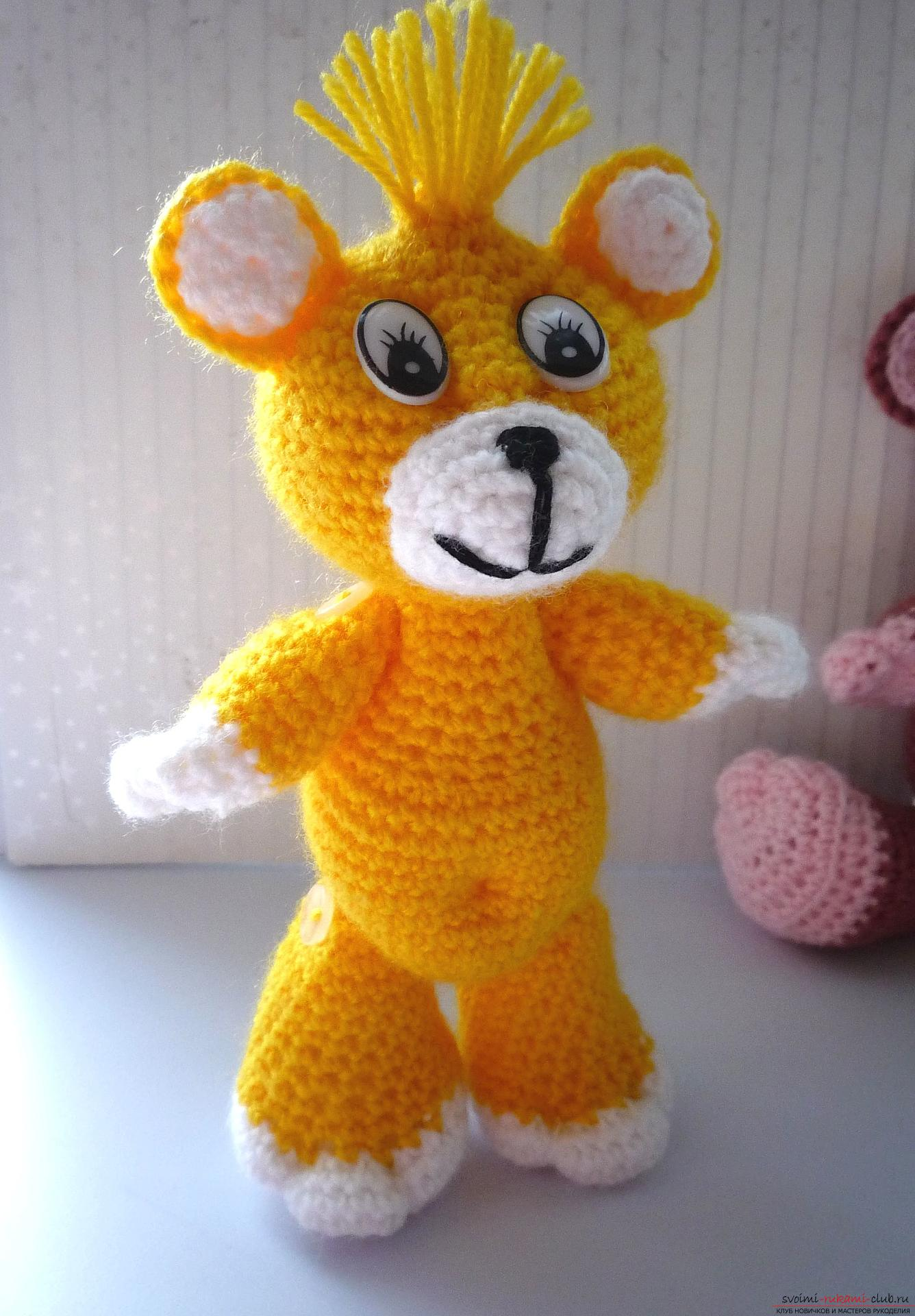 This master class of soft toys will teach crochet teddy bear Amigurumi. Picture №31