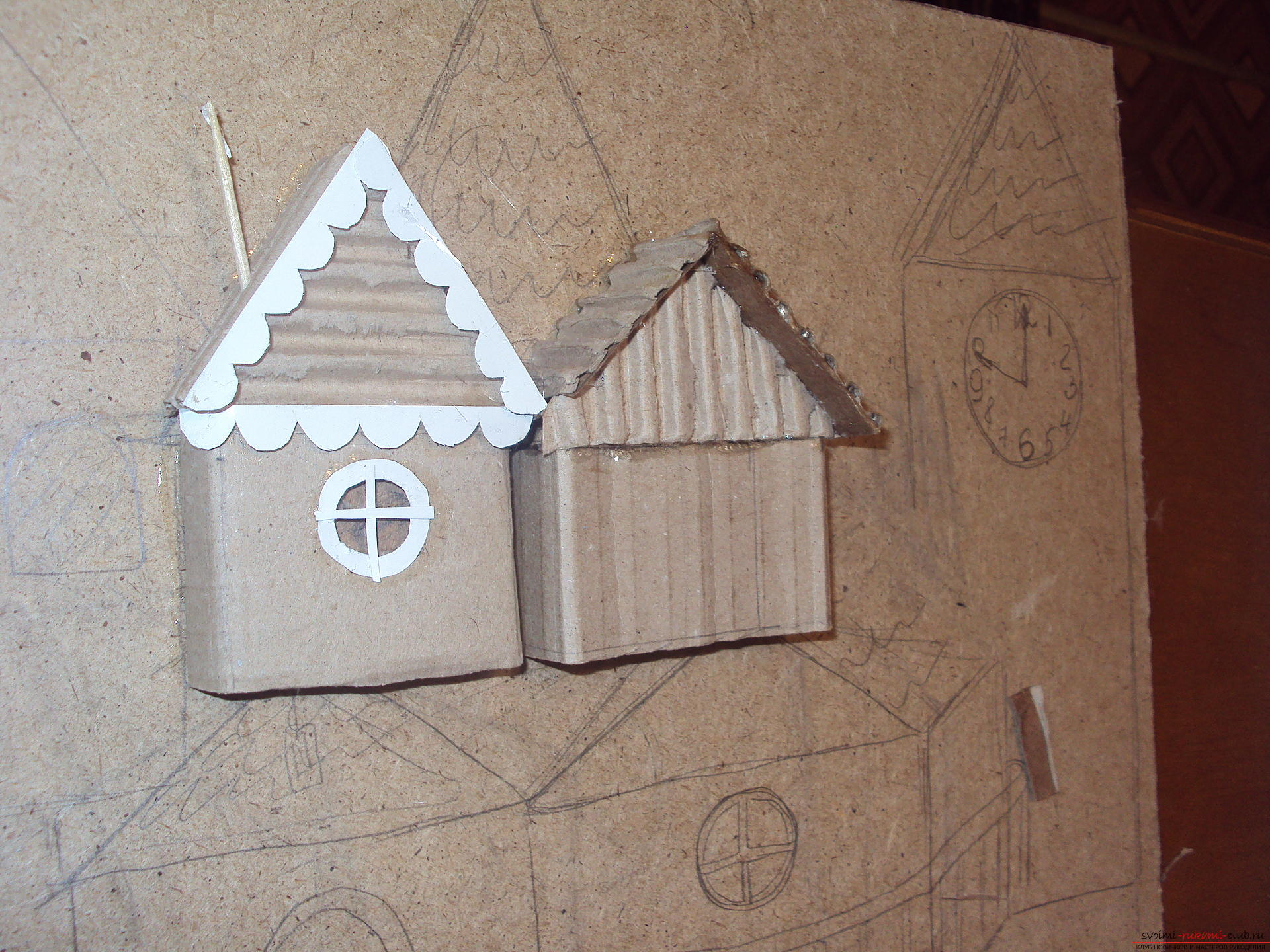 This workshop will teach how to make their own hands crafts - tower of Santa Claus. Picture №3