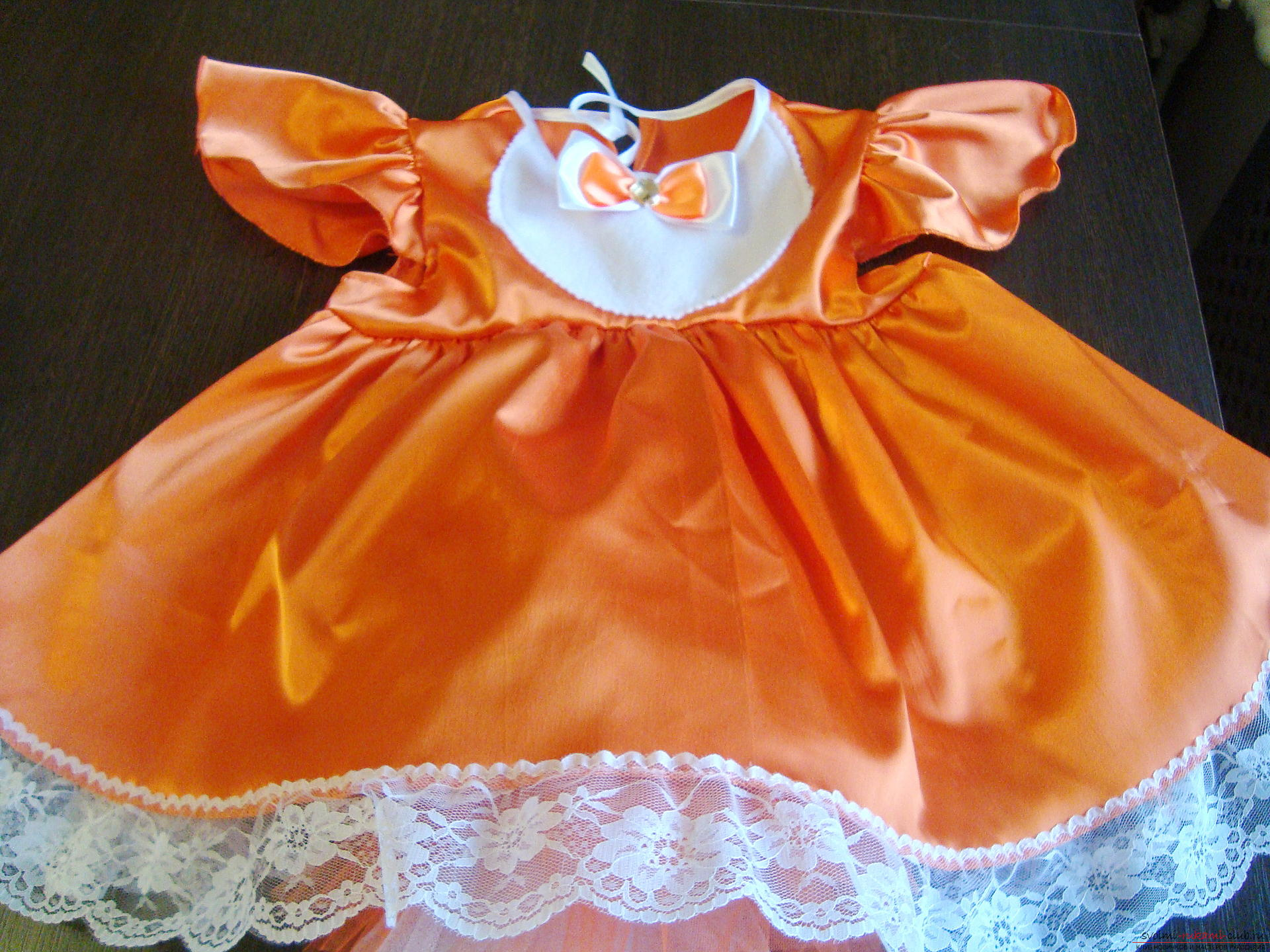 This master class will teach you how to make your own children's carnival fox costume for a girl. Photo №5