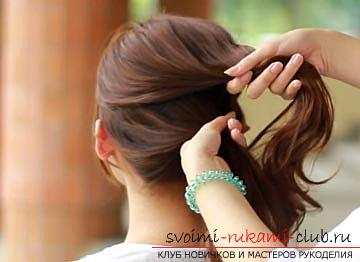 Casual hairstyle for medium hair with your own hands, tips for creating an original tail for every day .. Photo # 3