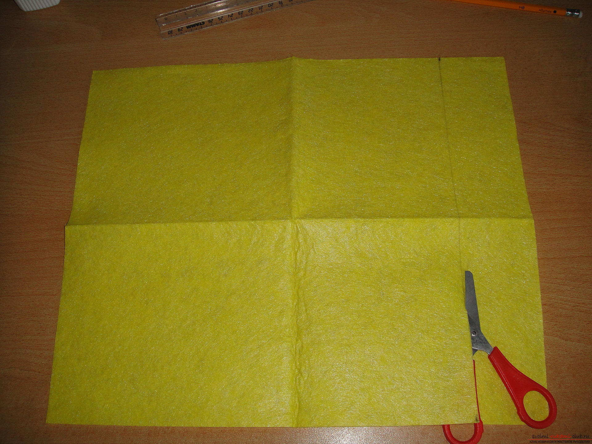 Master class, how to simply make a bookmark from a napkin. Photo №6